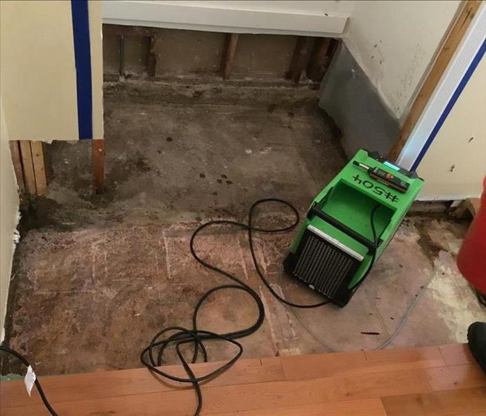 Washing machine slow leak in Winnetka, CA causes water damage After